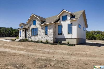 Canyon Lake Single Family Home For Sale: 120 Golden Eagle