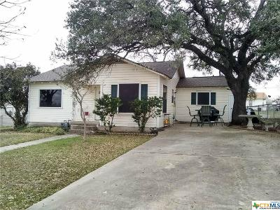 Lampasas Single Family Home For Sale: 18 Del Norte