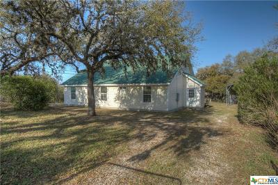 Canyon Lake Single Family Home For Sale: 974 River Cliff Drive