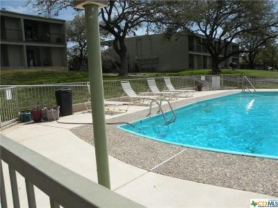 Canyon Lake Condo/Townhouse For Sale: 943 Parkview #C5