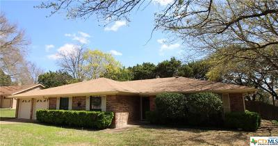 Harker Heights Single Family Home For Sale: 821 Trail Crest Drive