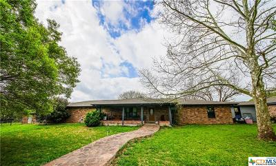 Guadalupe County Single Family Home For Sale: 2351 Lakewood Drive