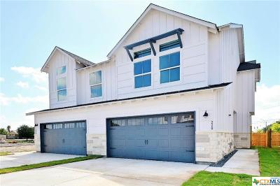 New Braunfels Condo/Townhouse For Sale: 220 Sapphire
