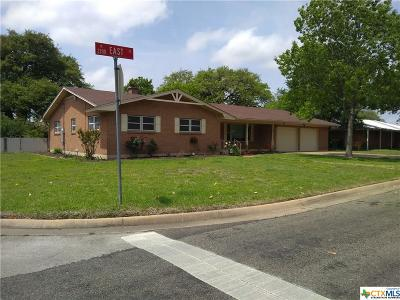 Belton Single Family Home For Sale: 2202 East
