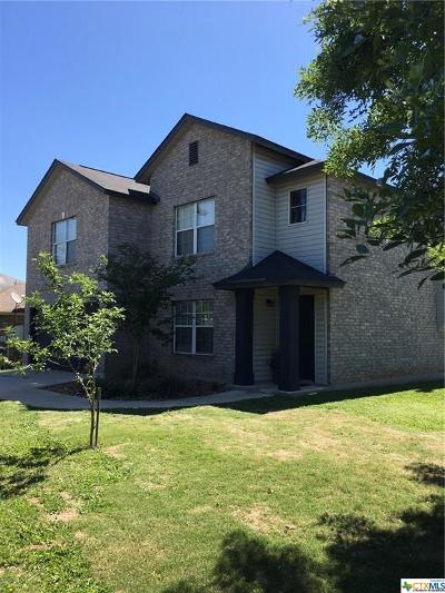 New Braunfels Single Family Home For Sale: 512 Stone Gate