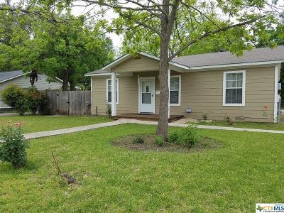 Seguin Single Family Home For Sale: 220 Short Avenue