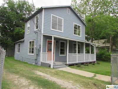 Seguin Single Family Home For Sale: 810 Goodrich