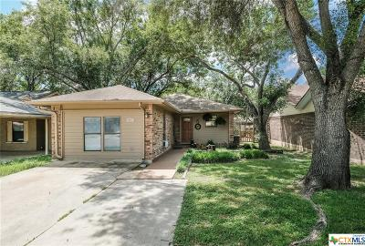 New Braunfels Single Family Home For Sale: 921 Sundance