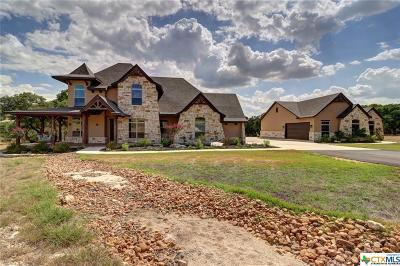 Comal County Single Family Home For Sale: 1213 Canyon Curve