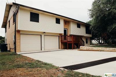 Canyon Lake Single Family Home For Sale: 1191 Hedgestone