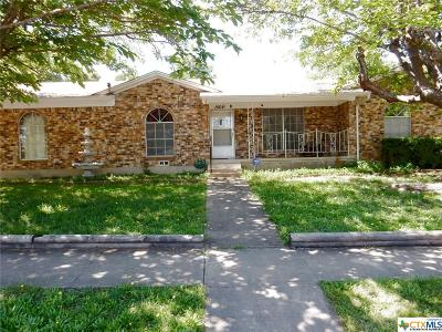Copperas Cove Single Family Home For Sale: 1504 East Robertson