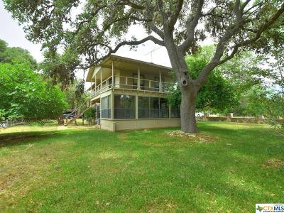 Canyon Lake Single Family Home For Sale: 2454 Lakeshore