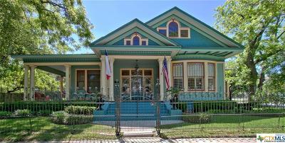 Seguin Single Family Home For Sale: 620 N Milam Street
