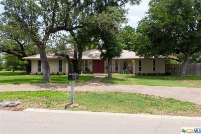 Salado Single Family Home For Sale: 725 Whispering Oaks