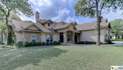 La Vernia Single Family Home For Sale: 144 Legacy