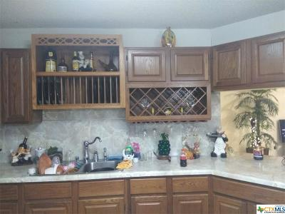Seguin Single Family Home For Sale: 3360 Fm 465
