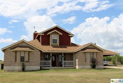 Seguin Single Family Home For Sale: 1494 Longhorn