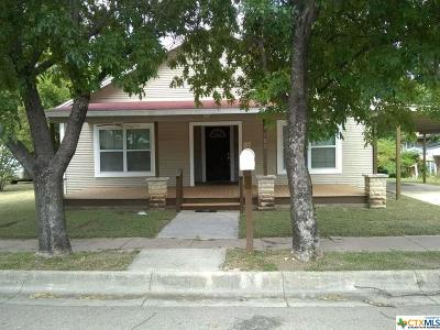 Lampasas Single Family Home For Sale: 105 S Main