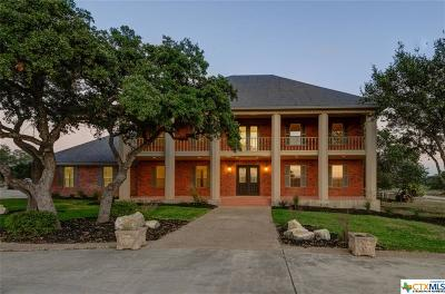 Comal County Single Family Home For Sale: 3220 Rolling Oaks