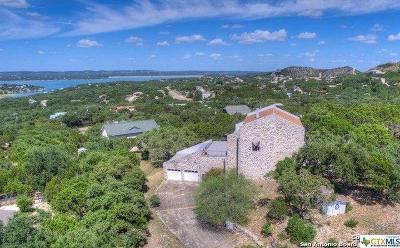 Canyon Lake Single Family Home For Sale: 230 San Juan