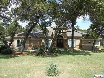 La Vernia Single Family Home For Sale: 224 Rosewood Drive
