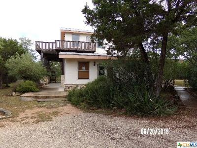 Canyon Lake Single Family Home For Sale: 417 Simon Crest