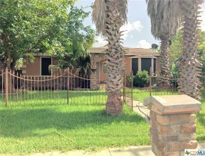 San Antonio Single Family Home For Sale: 4926 Joe Blanks