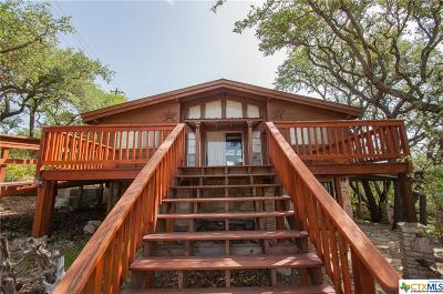 Canyon Lake Single Family Home For Sale: 660 Heritage Hill