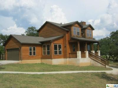 Canyon Lake Single Family Home For Sale: 1696 Lake Ridge Boulevard