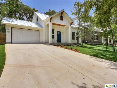 San Marcos Single Family Home For Sale: 925 N Loop St