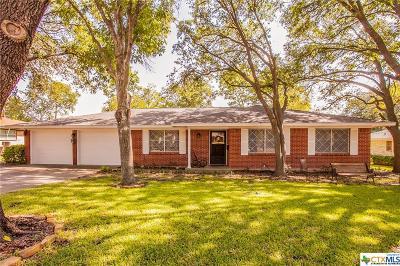 Temple Single Family Home For Sale: 214 E Upshaw Avenue