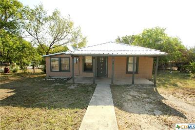 Lampasas Single Family Home For Sale: 1601 S Chestnut Street