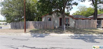 New Braunfels Single Family Home For Sale: 1995 Cross Street