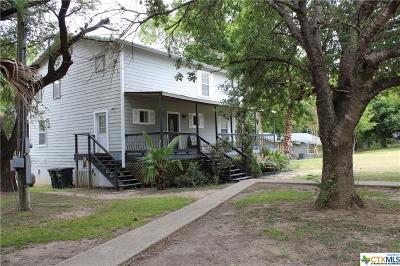 Seguin Single Family Home For Sale: 2221 Lakewood