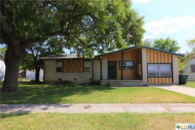 Copperas Cove Single Family Home For Sale: 2409 Meadow Lane