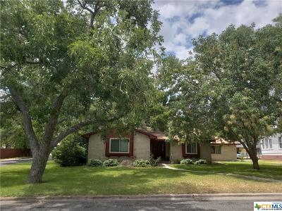 Belton Single Family Home For Sale: 1132 N Wall