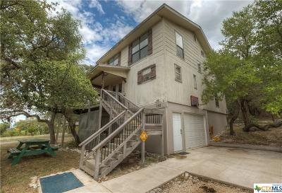 Canyon Lake Single Family Home For Sale: 152 Black Oak