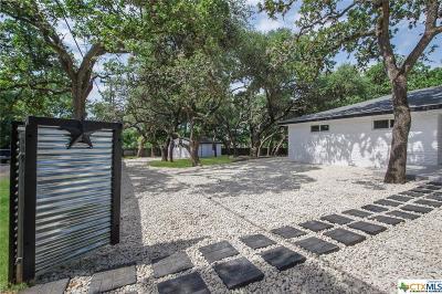 San Antonio Single Family Home For Sale: 8602 Flint Rock