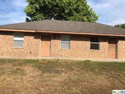Copperas Cove Single Family Home For Sale: 208 W Lincoln Avenue #A-B