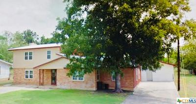 Lampasas Single Family Home For Sale: 219 S Willis Street