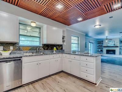 San Marcos Single Family Home For Sale: 612 Franklin