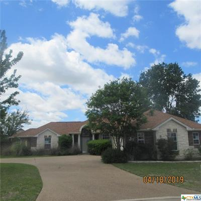 Single Family Home Pending: 1204 Mountain Ridge Court