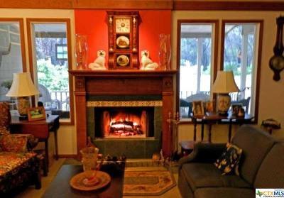 Wimberley Single Family Home For Sale: 17 Pebblebrook