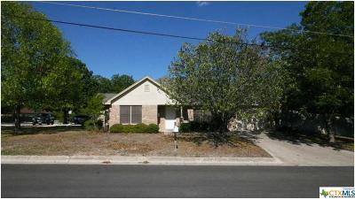 Lampasas Single Family Home For Sale: 101 S Porter