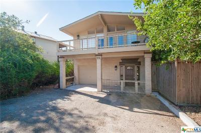 Canyon Lake Single Family Home For Sale: 976 Skyline