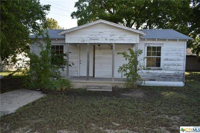Copperas Cove Single Family Home For Sale: 206 1/2 E Reagan Avenue