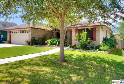 New Braunfels Single Family Home For Sale: 2074 Bentwood Dr.