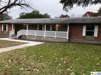 Lampasas County Single Family Home For Sale: 1302 W 1st