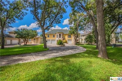 Seguin Single Family Home For Sale: 240 Las Hadas