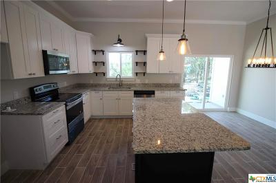 Spring Branch TX Single Family Home For Sale: $245,000